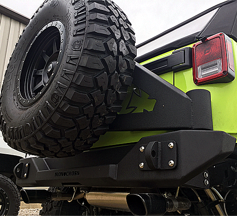 Stubby Rear Jeep Bumper with Swing Away Tire